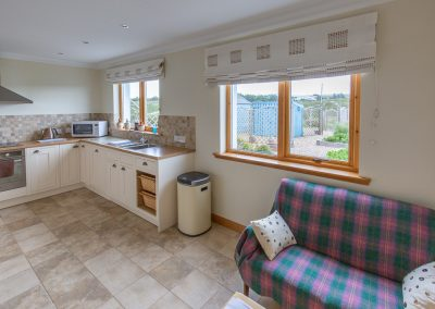 rowan-cottage-kitchen