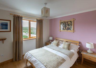 rowan-cottage-master-bedroom